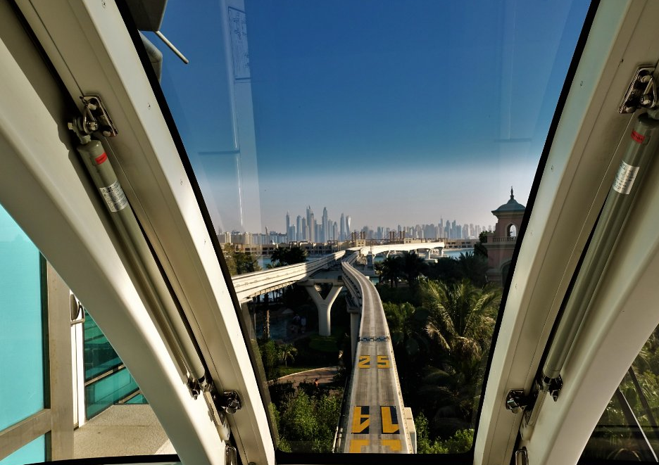 The Palm Monorail - godesto.com
